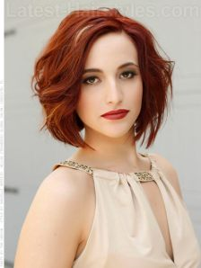 medium-red-wavy-bob-with-dramatic-highlights_mini
